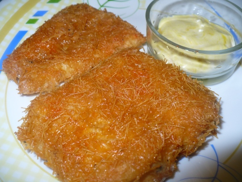 Vermicelli coated fried fish